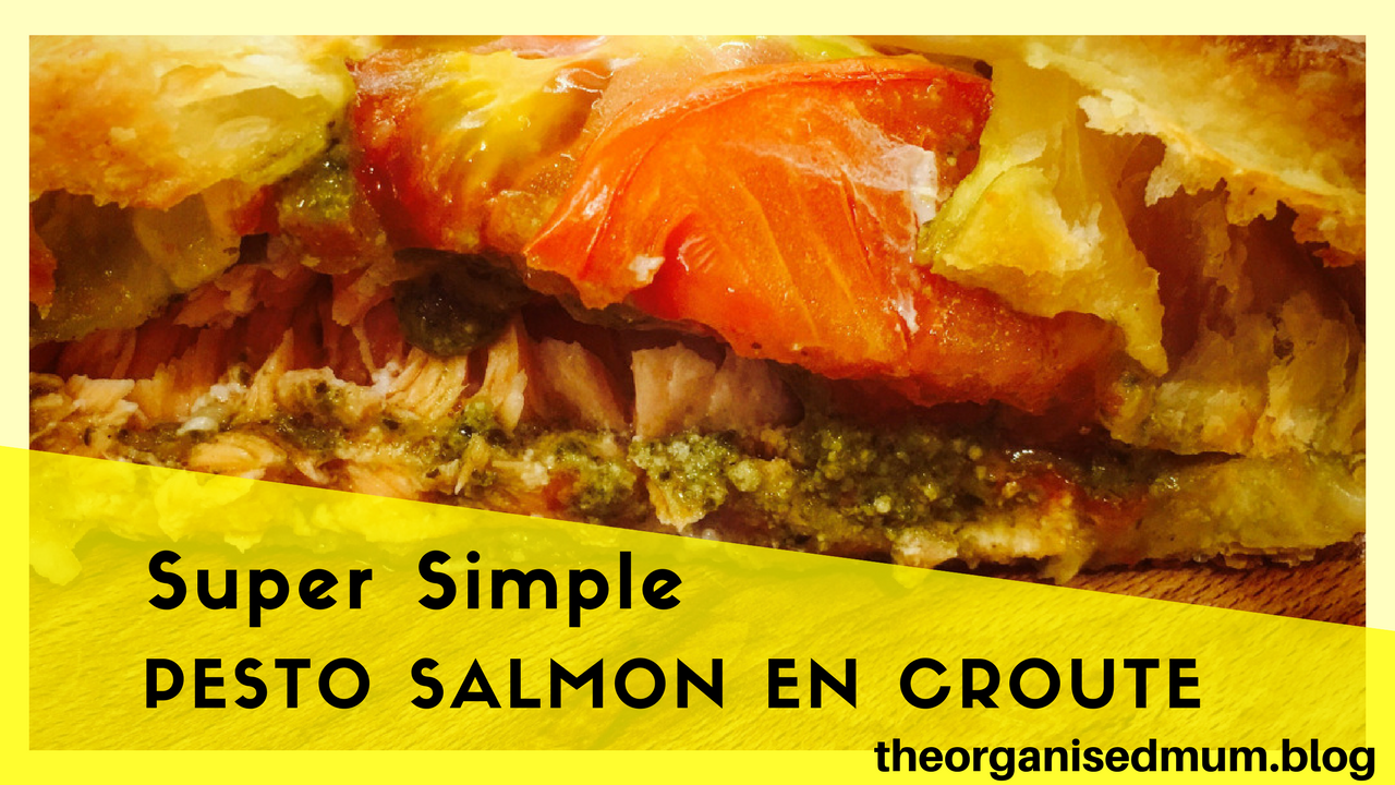 Super Simple Pesto Salmon en Croute